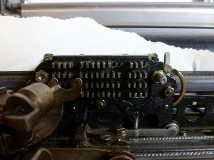 Teletype-consolens teckenmatris