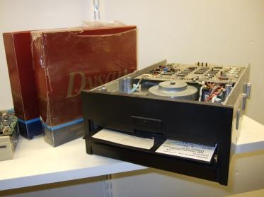 8 tums diskettdrive
