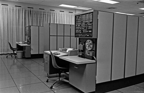 418-processor, användes som frontenddator.