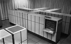 Två 1106 system med minnen, totalt minne 512 kwords